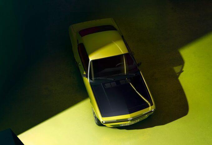 Opel Manta GSe ElektroMOD, concept che ammoderna la Manta anni '70 con tecnologie di oggi e motore elettrico