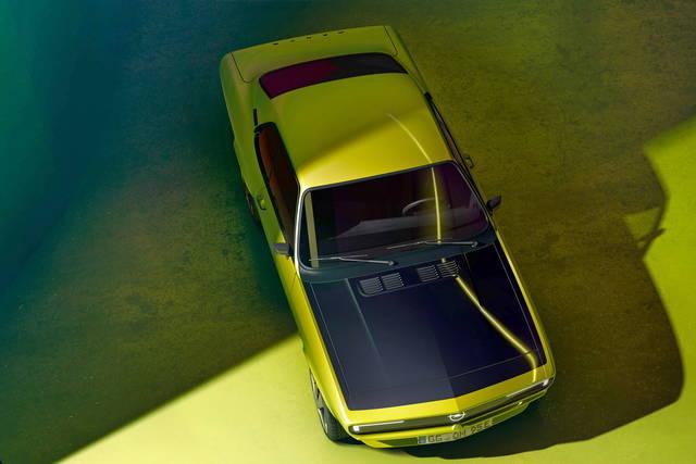 L'Opel Manta diventa elettrica