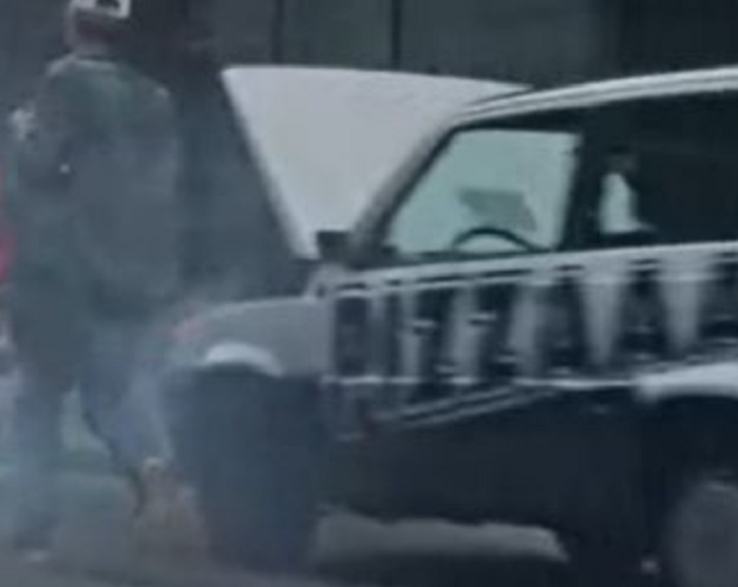 """Fiat Panda in fumo nello spot Hyundai, il tweet di Lapo Elkann: """"Panda in fumo solo per il decollo verticale"""": twitter, social"""