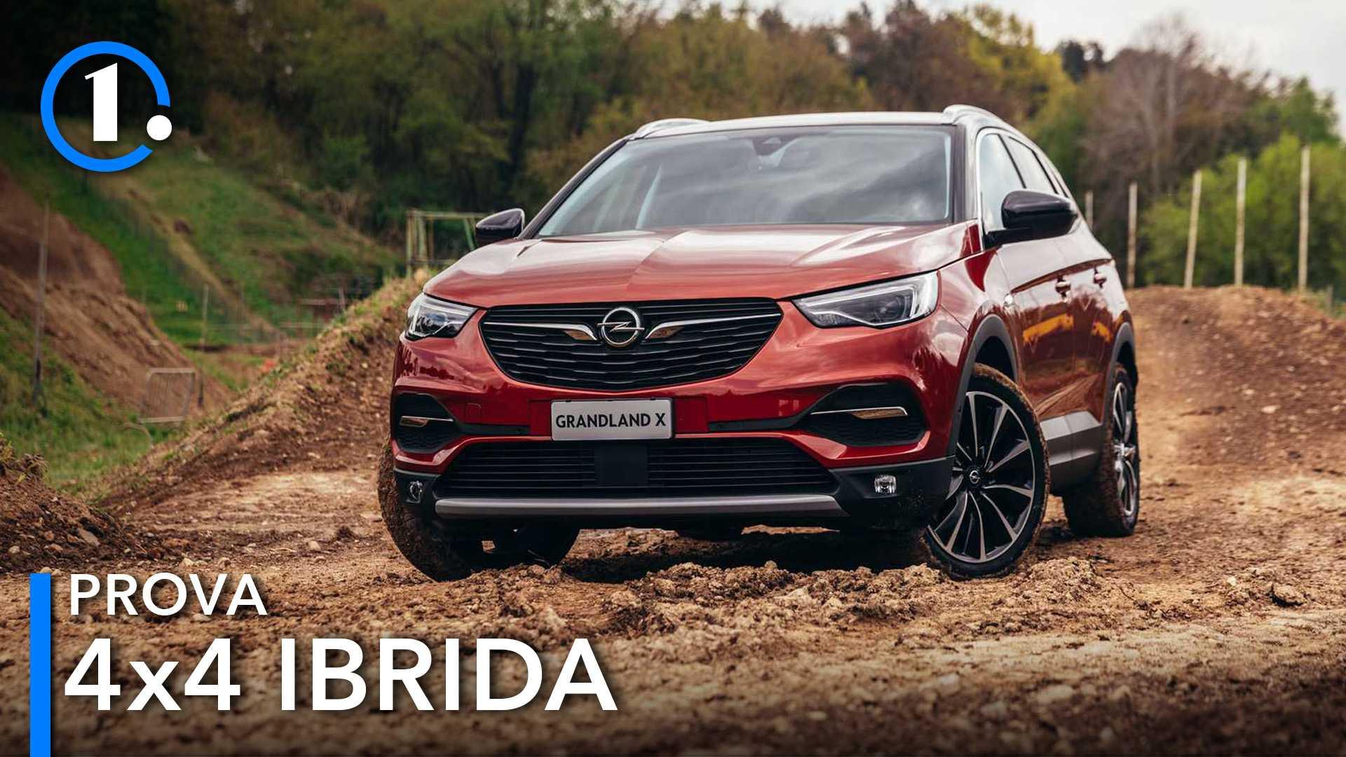 Opel Grandland X Hybrid4, prova in fuoristrada con la plug-in