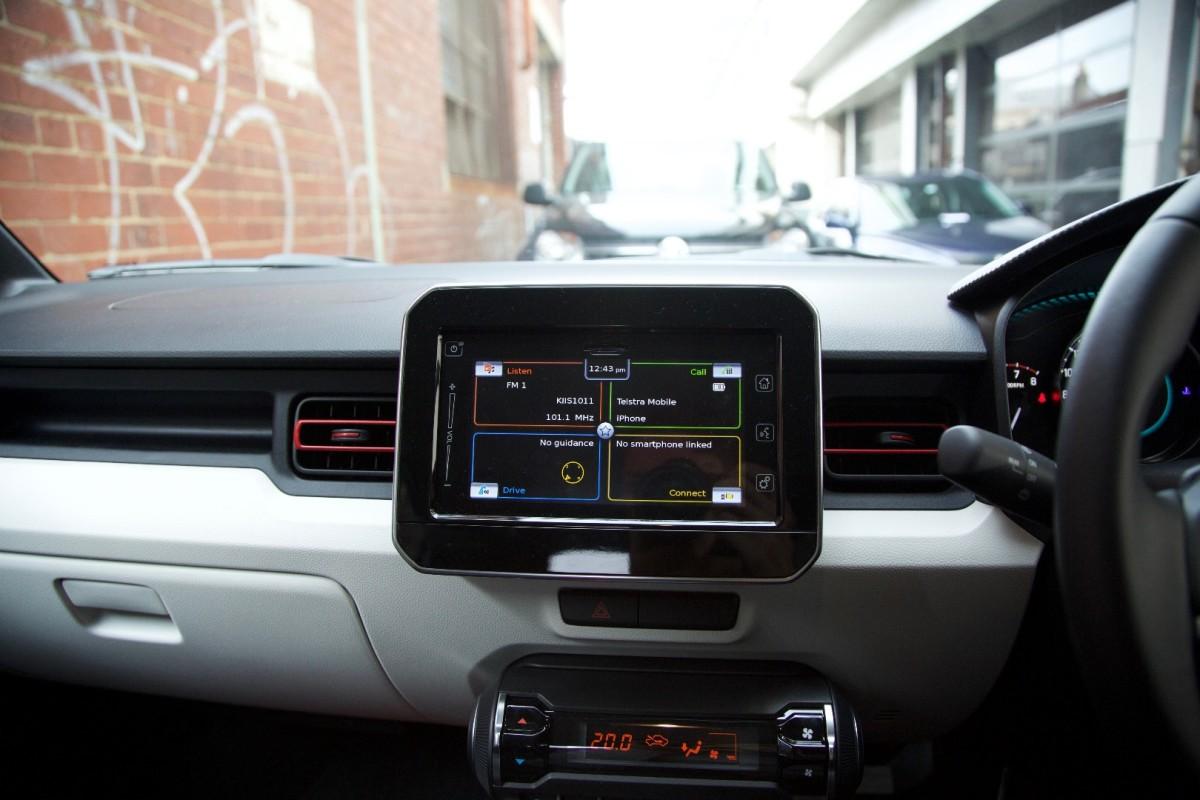 Suzuki e il suo sistema di infotainment: ecco come funziona [VIDEO]