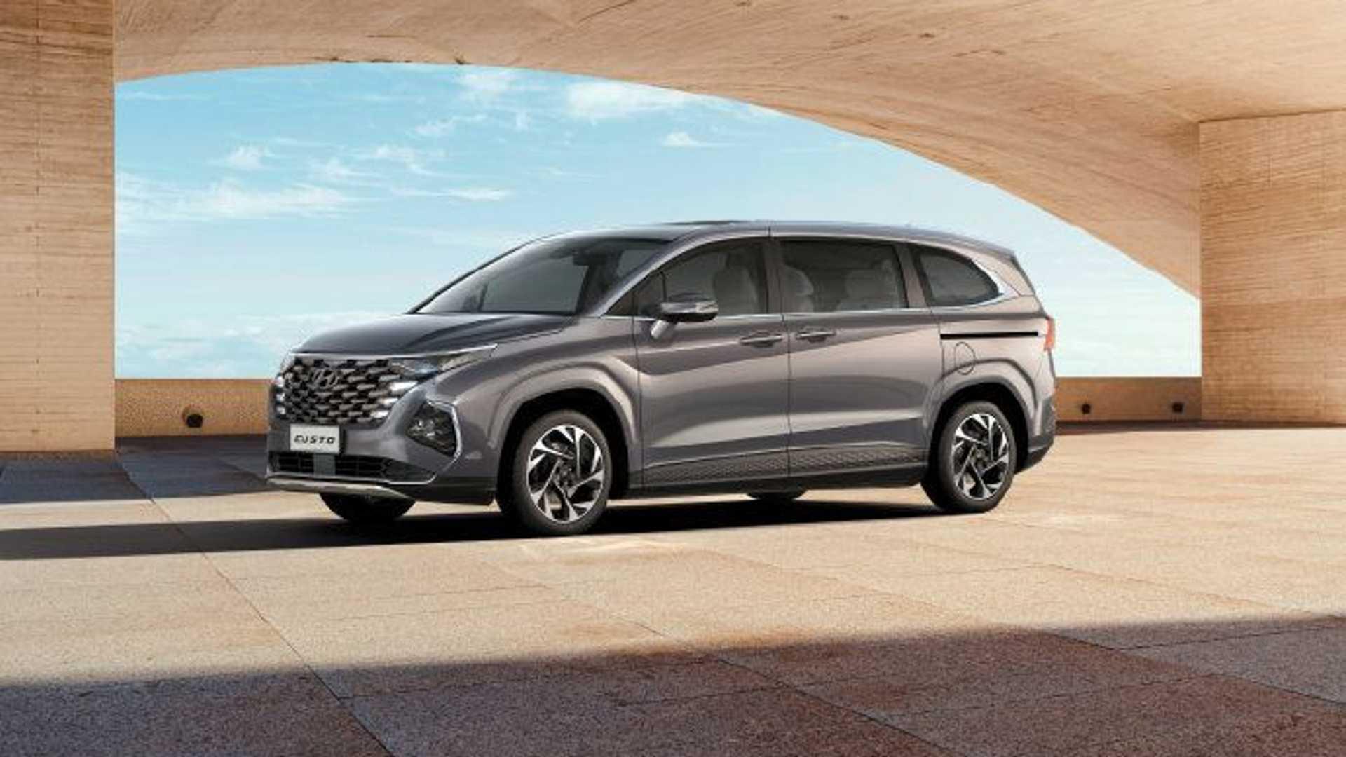 """E se i """"minivan"""" tornassero di moda? Hyundai anticipa la Custo"""