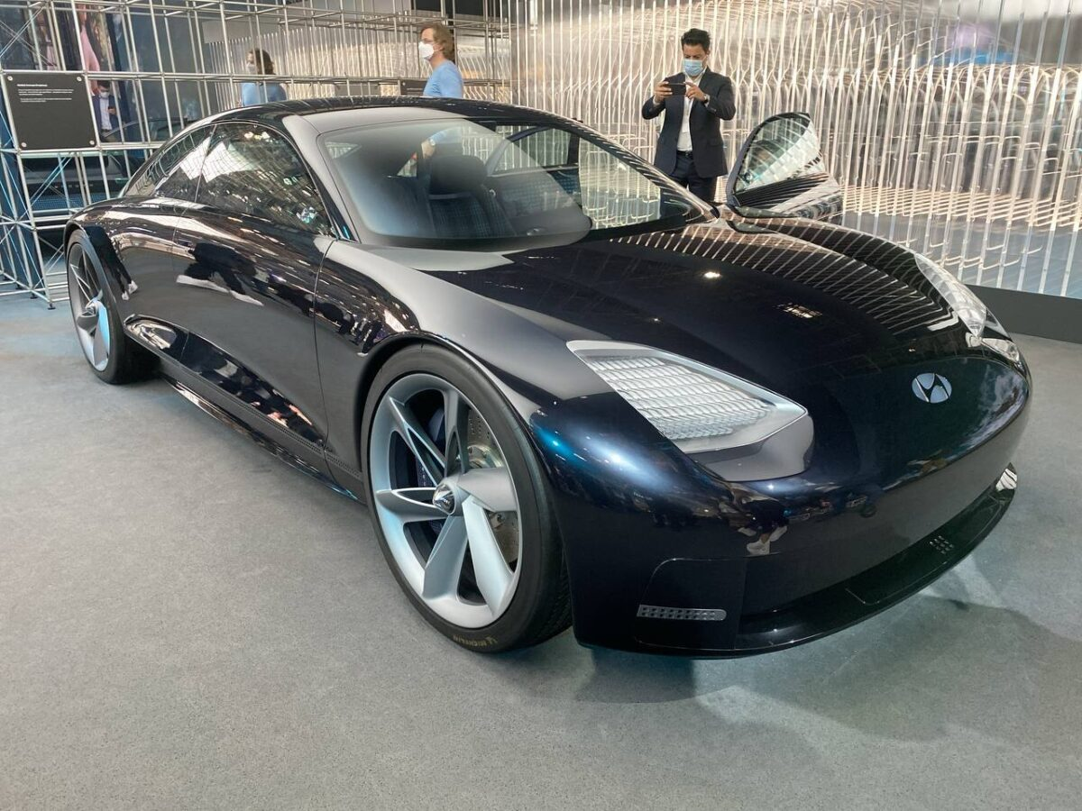 Hyundai Prophecy Concept: caratteristiche, interni, motore
