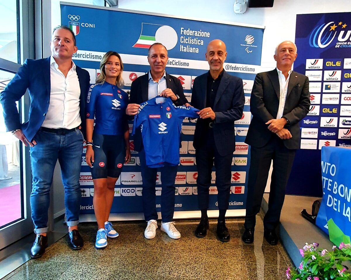 Suzuki sulle maglie della nazionale italiana di ciclismo ai Mondiali 2021