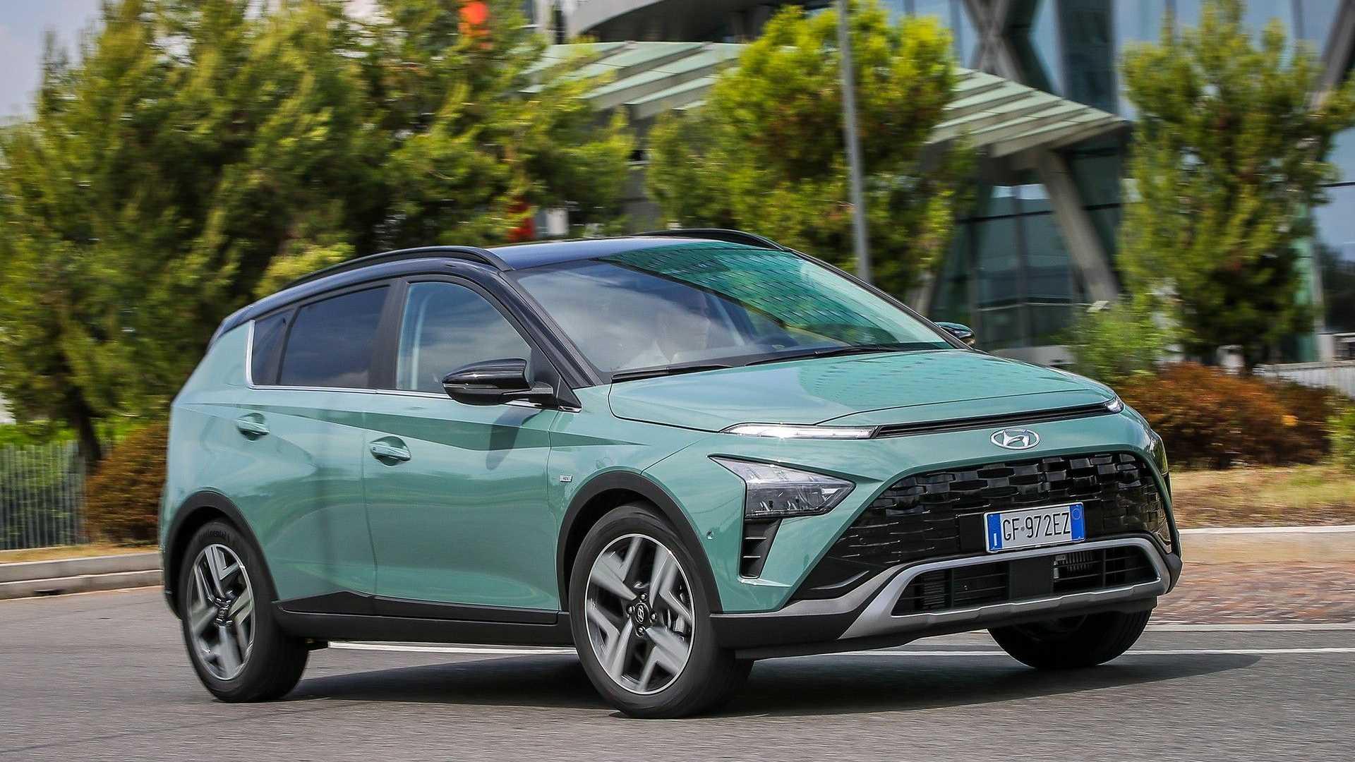 Hyundai Bayon, porte aperte, 18-19 e 25-26 settembre, 15.300 euro