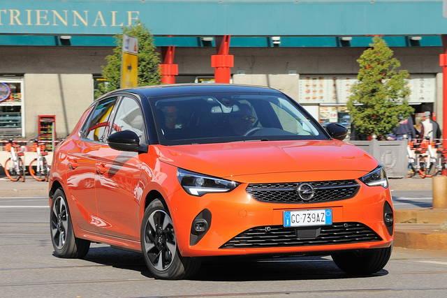 Prova Opel Corsa scheda tecnica opinioni e dimensioni e-Corsa Elegance