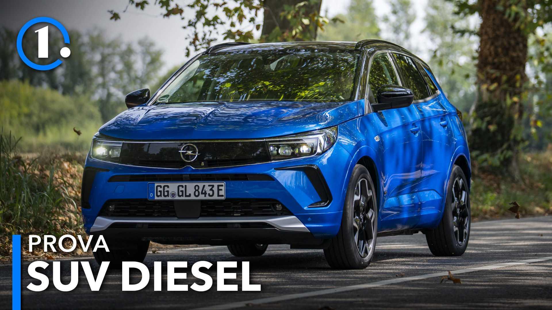 Opel Grandland 2021, prova, motore diesel, interni, prezzi